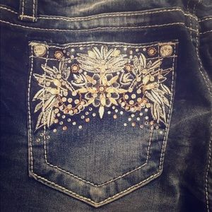 NWT Miss Me Embellished Jeans